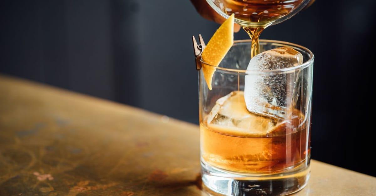 Bar – Craft Cocktails, Wine, Beer